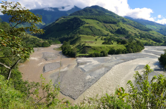 Confluenza dei fiumi Pozuzo e Palcazú