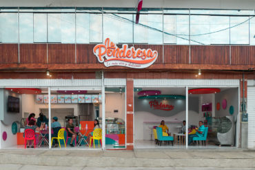 LA PONDEROSA – Ice-Cream Shop – Chanchamayo